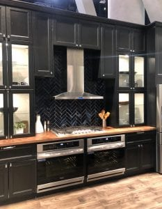 Boja, tekstura i kapricioznost među novim trendovima u kuhinji i kupaonicama - Marin Independent Journal